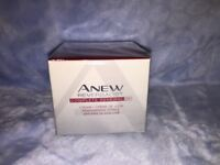 New ANEW REVERSALIST Complete Renewal Day Cream