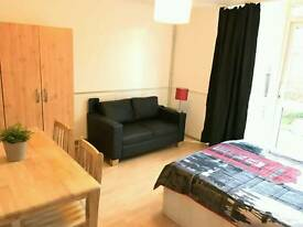 Huge double room in Archway with a private garden just 205 Pw