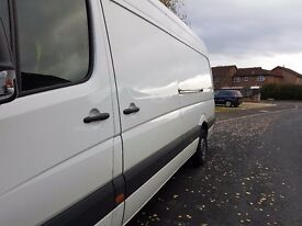 White Volkswagon Crafter