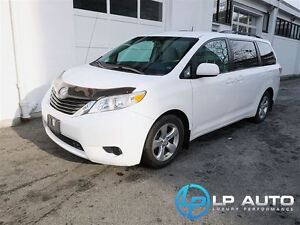 2011 Toyota Sienna LE V6 7 Passenger w/ No Accidents!!