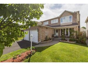 4 Bed in Hunt Club Park - landscaped w/ lots of renos!