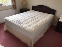 Quality ~Sealy ~Posturepedic ~ Queen Mattress & Bed