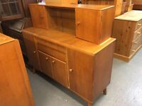 RETRO1950/60 LIGHT WOOD SIDEBOARD WITH UNUSUAL TOP WITH GLASS
