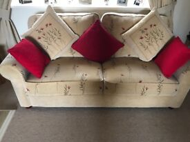 Sofa and 2 armchairs £100 or nearest offer Will be available in approximately 3 weeks