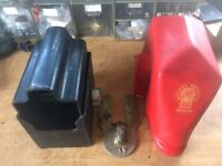 Bulldog Caravan Hitchlock with 2 Keys and weatherproof cover for ALBE and AL-KO hitch heads