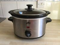 Slow cooker, small, great condition