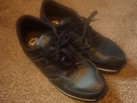 NEW BALANCE SHOES SIZE 6 - LIKE NEW! 2 Different pairs - discount when buying both