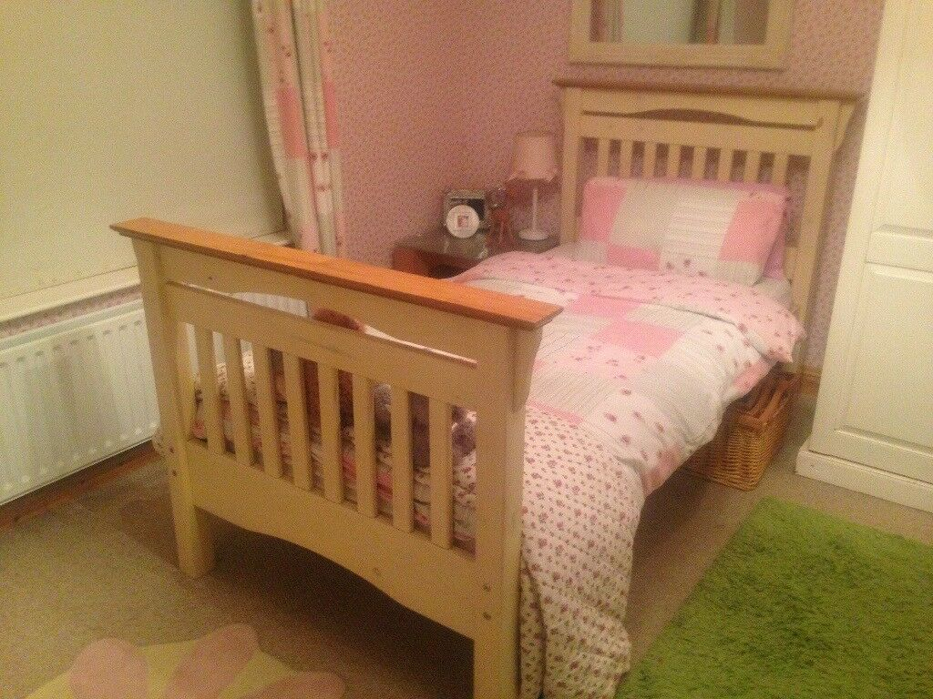 Solid Wooden Single Bed