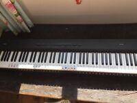 KORG SP-200 stage piano