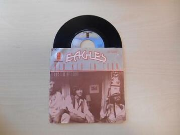 Single vinyl / 7 inch - Eagles - New Kid In Town