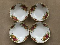 ROYAL ALBERT COUNTRY ROSES CHINA 4 FRUIT / DESSERT BOWLS