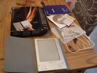 Sony eReader PRS-505 with box and accessories