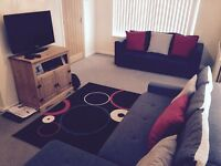 Double bedroom for rent in 2 bedroom detached house Woodingdean fully furnished, and new leather bed