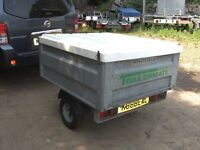 TRAILERMATE FULLY GALVANISED BOX TRAILER WITH FIBREGLASS LID..