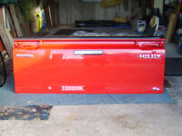 Toyota Hilux Rear Tailgate 2012 .