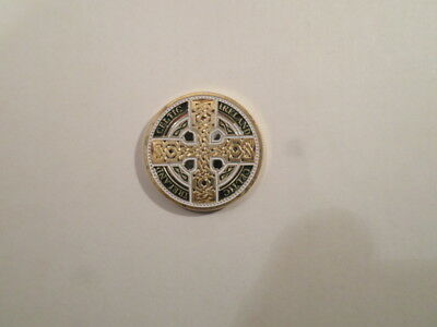 IRISH 24CT GOLD PLATED COIN MEDAL CELTIC CROSS MAP IRELAND EIRE SOUVENIR GIFT
