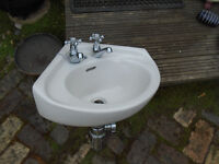corner washbasin for small toilet
