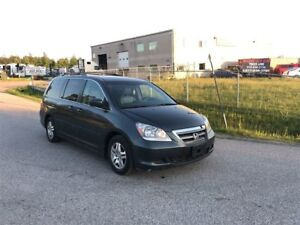2006 Honda Odyssey EX-L / SUNROOF / LEATHER / HEATED SEATS / CLE