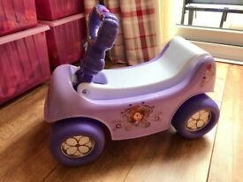 Sofia The First Ride On/Pull along