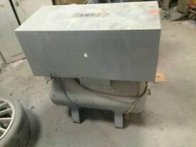 compressor 44 litre tank