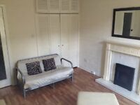 Spacious 2-bedroom furnished flat to let in Shawlands