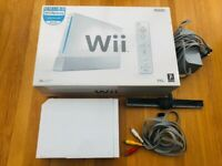 Wii Console like new with Controller and Instructions