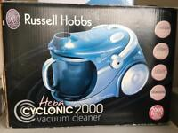 RUSSELL HOBBS VACUUM CLEANER!! Good condition