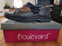 Boulevard Womens Black Shoes UK Size 9