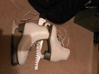 Ice skating boots size 5/6