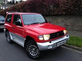 MITSUBISHI SHOGUN 3.0 V6 MANUAL FLARED ARCH 1 LADY OWNER SINCE NEW 4X4 JEEP