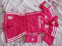 Adidas original RM football kit in age 3-4 years only worn once, excellent condition, like brand new