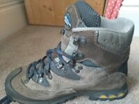 Walking/Hiking Boots Meindl Air Revolution Gore-Tex Womens Size 6