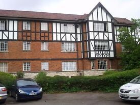 TWO SUPERBLY PRESENTED DOUBLE ROOMS IN TUDOR FLAT... £395 P.C.M. ALL BILLS INCLUDED