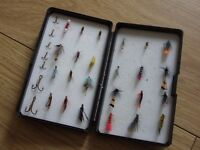 Plastic Case Fly Storage / Carry Box of 24 Assorted Fishing Flies + 7 Hooks - Only £5