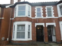 1 bedroom flat in Paget Road, Tettenhall, Wolverhampton, West Midlands, WV6
