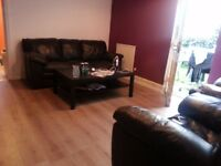 3 BEDROOM GARDEN FLAT IN THE SORT AFTER AREA OF CATHAYS £900
