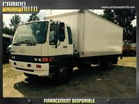2004 Hino SG 22 PIEDS, MONTE CHARGE