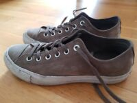 Converse Chuck Taylors - leather - size 6.5