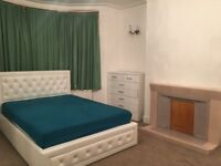 HUGE DOUBLE ROOM IN FINCHLEY N12