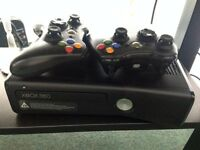 Xbox 360 4gb + 16 gb Xbox USB + Games: Fifa 15, NBA 15, GTA 5, COD Modern Warfare 3, Hitman