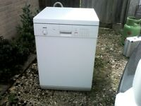 Bosch free standing dishwasher in white , good condition