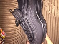 Nike air max 97 triple black (OG) very good condition, size 5.5 Junior