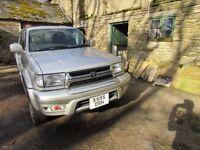 Toyota Hilux Surf 4x4 petrol 2.7 2001 - very low mileage