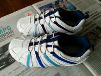 size 13 Marks and Spencer boy leather trainer with lights