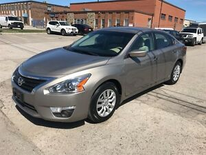 2013 Nissan Altima LOW KMS