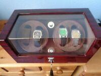 ELECTRIC WOODEN 4 WATCH WATCHWINDER BOX.