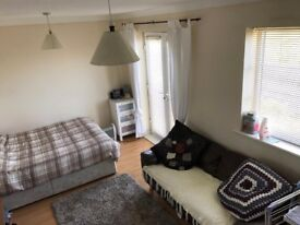 Large Double Room with Juliet Balcony over looking the river Tyne