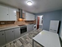 DSS Welcome Newly Renovated 2 Bedrooms Flat in Devons Road in Bow E3 (All Bills Inc)
