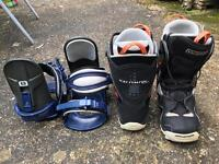 Men's Salomon Snowboard Boots Size 8 & Bindings