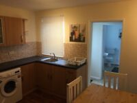 NEW 2 BED SERVICED APARTMENT / NO CONTRACT
